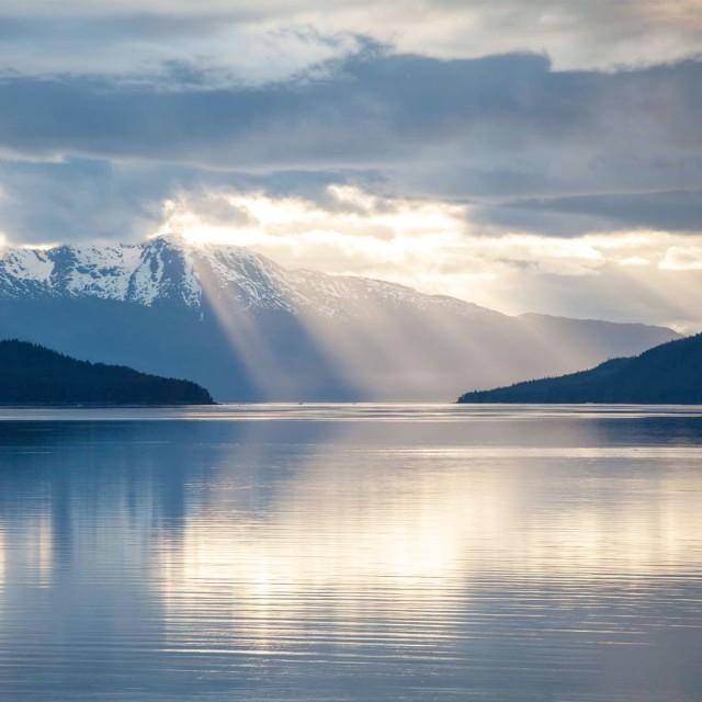 Sun rays in Alaska